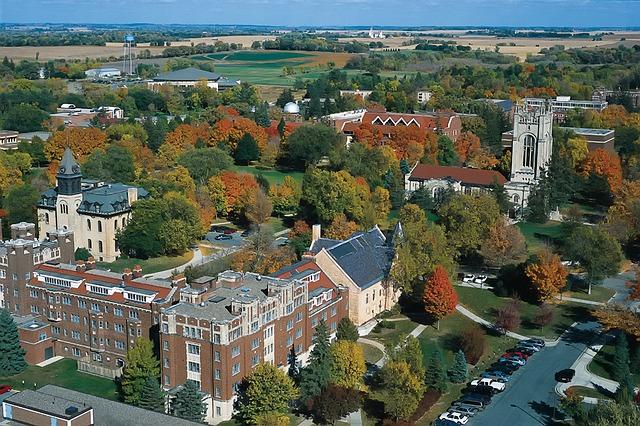 Vysoká škola = místo pro život
