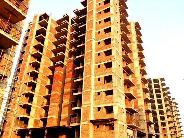 budovy ve výstavbě