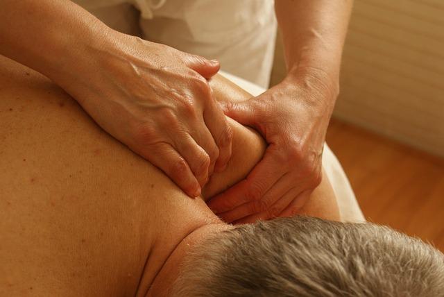 masáž ramene.jpg