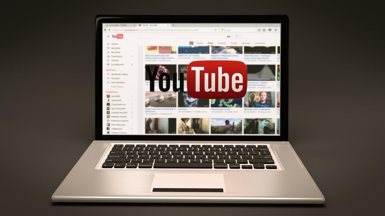 Existuje video downloader online mp4 formátu?